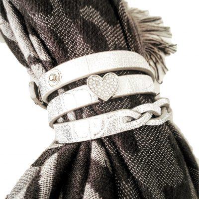 sjaalbandje zilver met bedel hart