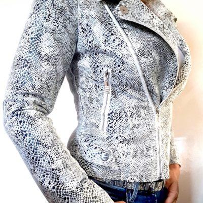 biker jasje slangenprint wit