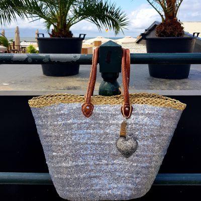 rieten strandtas zilver met hart